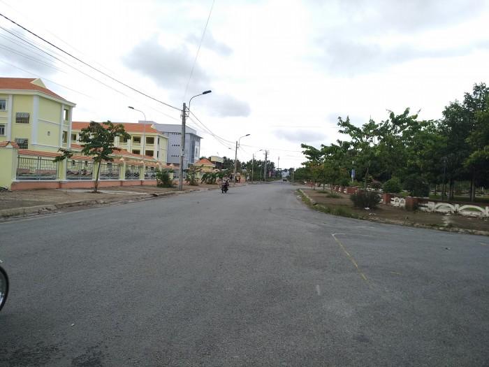Bán Đất Đối diện KCN Hoà Bình, TT Thủ Thừa, Long An