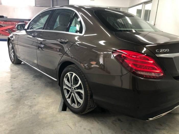 Bán Mercedes C200 chính hãng, Chưa lăn bánh 8