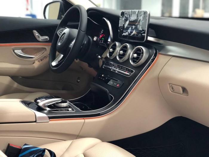 Bán Mercedes C200 chính hãng, Chưa lăn bánh 6