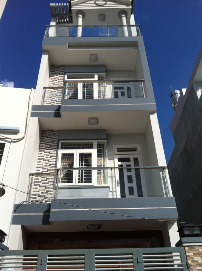 Cần Bán Nhà Đúc 3.5 tấm  Kiên Cố Biệt Thự Cao Cấp có Sân Thượng  ngay đường Chế Lan Viên Quận Tân Phú