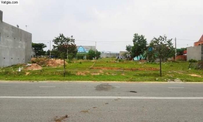 Thím Trang bán đất đi Mỹ, 1551m2 có thổ cư 801m, ngay thị trấn Củ Chi, giá rẻ gọi gấp