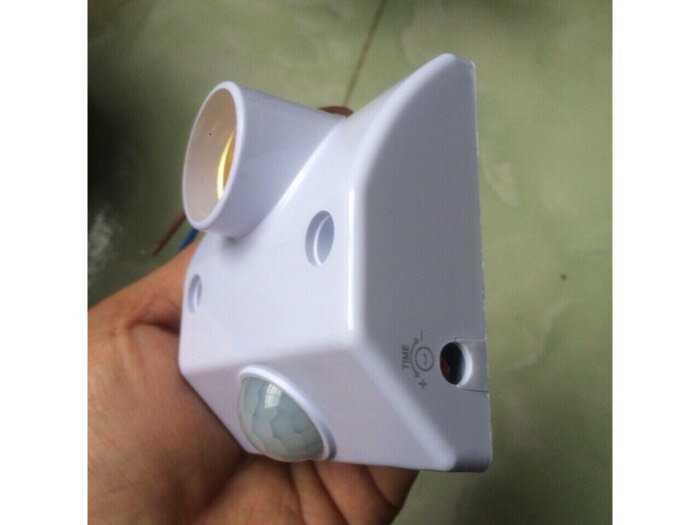 Đui đèn Cảm ứng Hồng Ngoại Tự động Bật/ Tắt bền đẹp giá rẻ