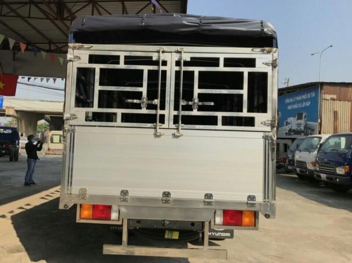 Chọn mua xe tải Hyundai HD120SL 8 tấn thùng mui bạt rẻ nhất miền Nam, trả trước 100 triệu giao luôn xe - Gọi 0933638116 (Mr Hùng 24/24)