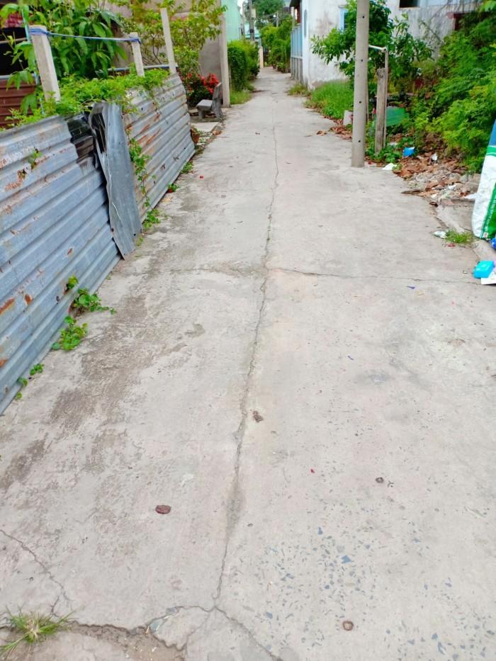Tôi cần bán đất thổ cư hẻm 677 Nguyễn Văn Tạo