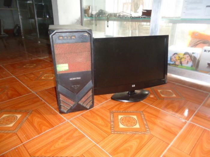 Bộ máy bàn H61 gigabyte + màn 20in đèn led4