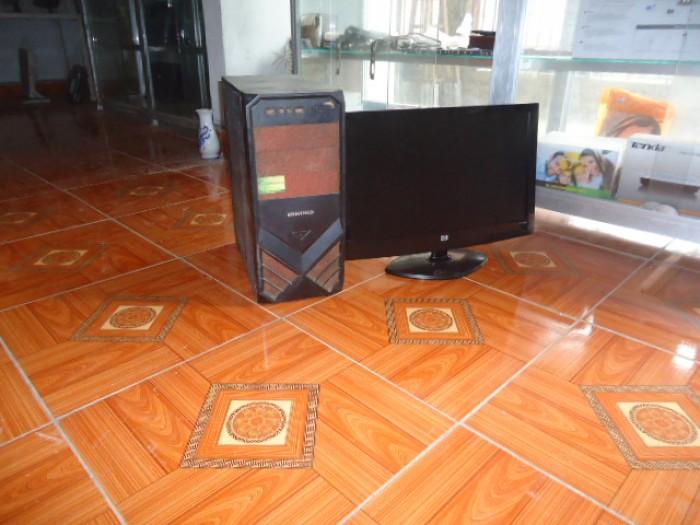 Bộ máy bàn H61 gigabyte + màn 20in đèn led3