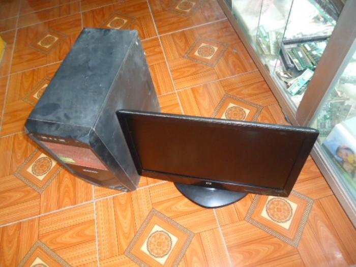 Bộ máy bàn H61 gigabyte + màn 20in đèn led1
