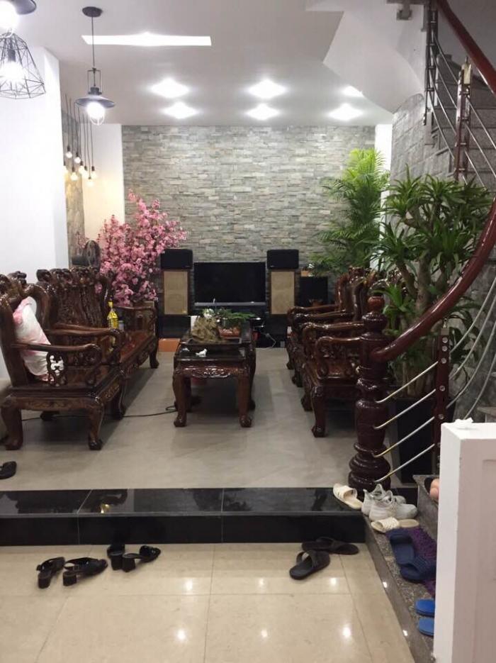 Bán nhà Huỳnh Thúc Kháng, phân lô, gara