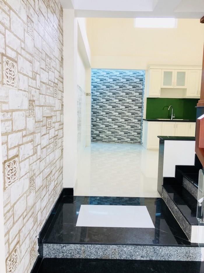Bán nhà riêng 5x10m,1 trệt 3 lầu,đường Tô Ngọc Vân