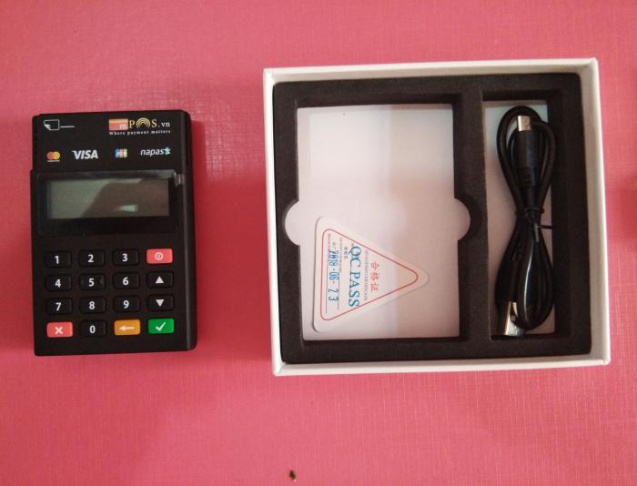 Máy Pos quẹt thẻ không áp doanh thu