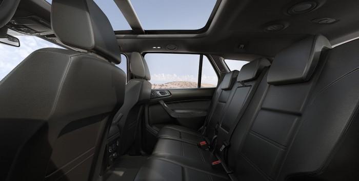 Ford Everest Titanium 2018 2.0 hộp số 10 cấp