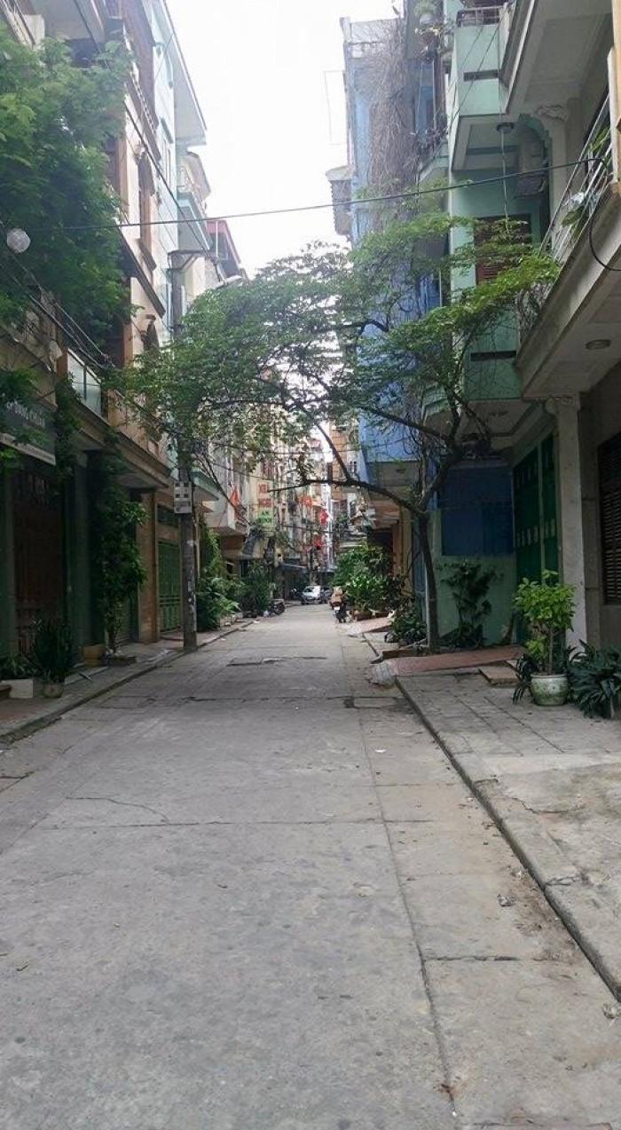 Bán gấp mảnh đất ngõ ô tô phố Nguyễn Văn Cừ 70 m2, MT 5m