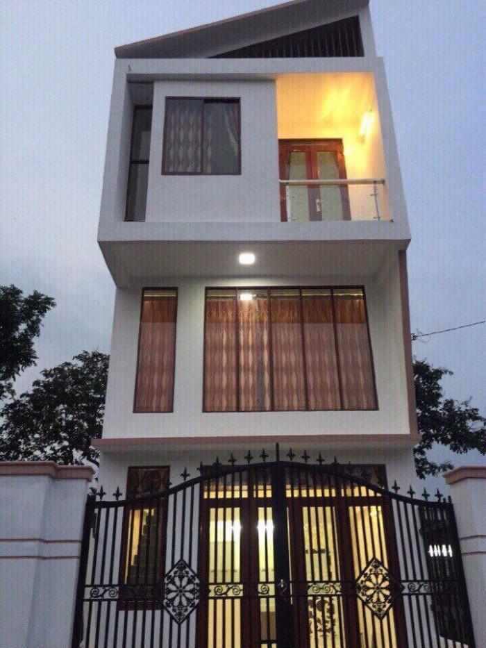 Nhà 1 trệt 1 lầu 1 lửng phường Phú Hòa tp thủ Dầu Một tỉnh Bình DƯơng.