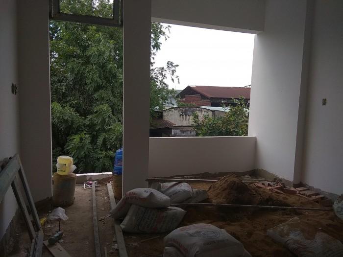 Bán gấp căn nhà 1 trệt 2 lầu, DT 54m2.