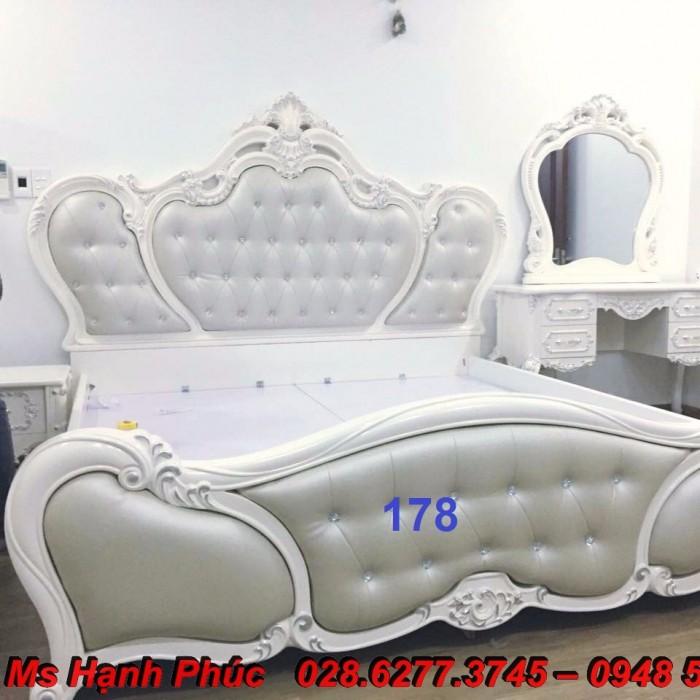 Đặt mua bộ giường ngủ cổ điển màu trắng cao cấp ms 263 giá rẻ tại xưởng, chiết khấu cao cho cửa hàng10
