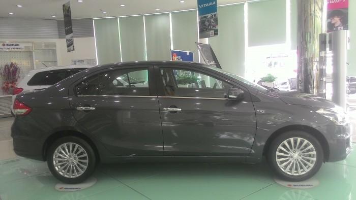 Suzuki Ciaz 2018 phân khúc hạng B sedan giá rẻ.