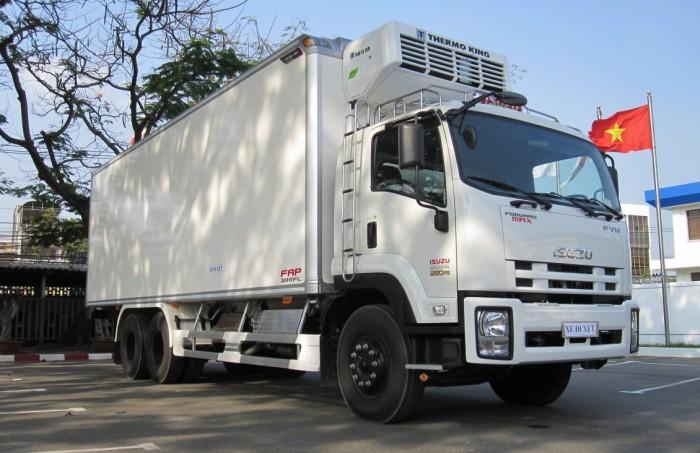 Mua xe tải isuzu 15 tấn thùng đông lạnh - Trả trước 200 triệu giao luôn xe - Gọi 0978015468 (Mr Giang 24/24)