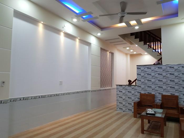 Bán nhà mặt phố Quan hoa, Cầu Giấy Hà Nội 38,3mx3T tiện kinh doanh, làm văn phòng