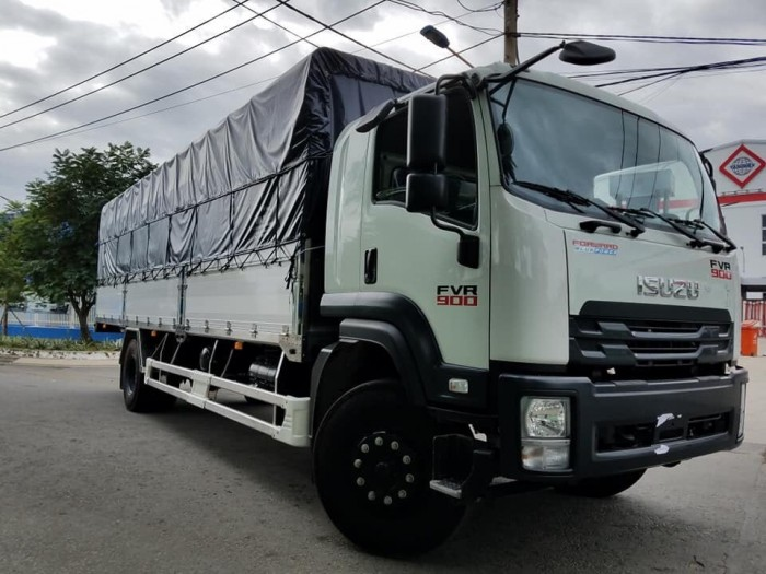 Khuyến mãi mua xe tải isuzu 8t2 thùng mui bạt - Trả trước 200 triệu giao luôn xe - Gọi 0978015468 (Mr Giang 24/24)
