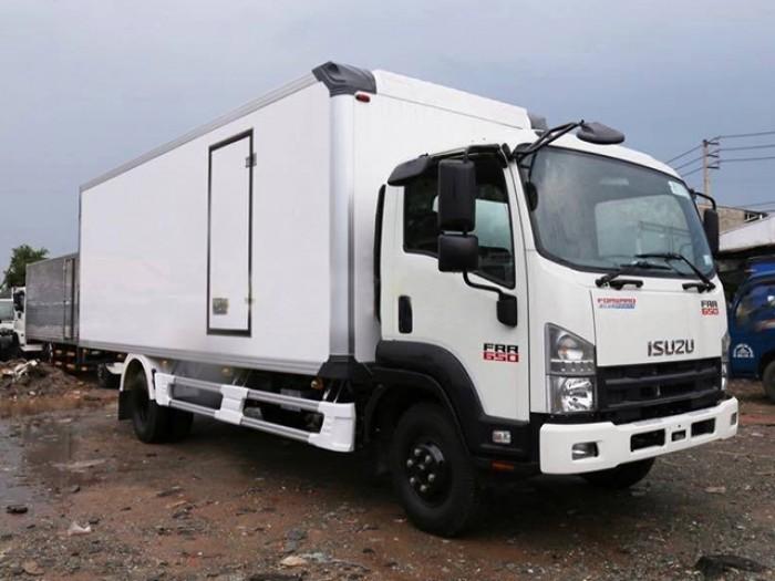 Bán xe tải isuzu 6t2 thùng đông lạnh - Trả trước 100 triệu giao luôn xe - Gọi 0978015468 (Mr Giang 2424/)