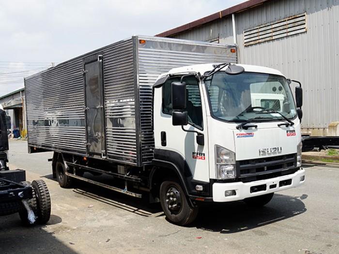 Bán xe tải isuzu 6t2 thùng kín inox - Trả trước 100 triệu giao luôn xe - Gọi 0978015468 (Mr Giang 24/24)