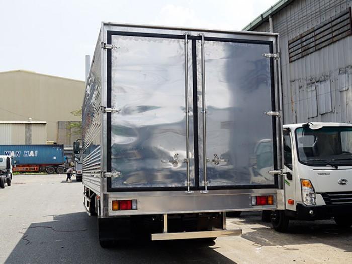 Xe tải isuzu 6t2 thùng kín inox - Trả trước 100 triệu giao luôn xe - Gọi 0978015468 (Mr Giang 24/24)
