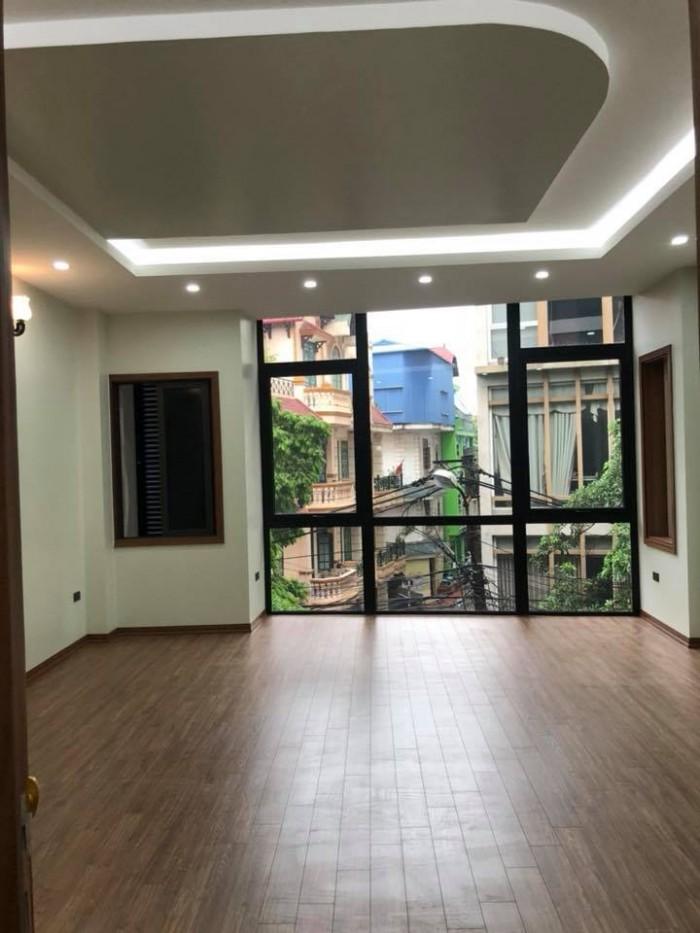 Nhà Kim Đồng 50m2, 6 tầng, MT 5.5m, thang máy, ô tô tránh, vỉa hè kinh doanh