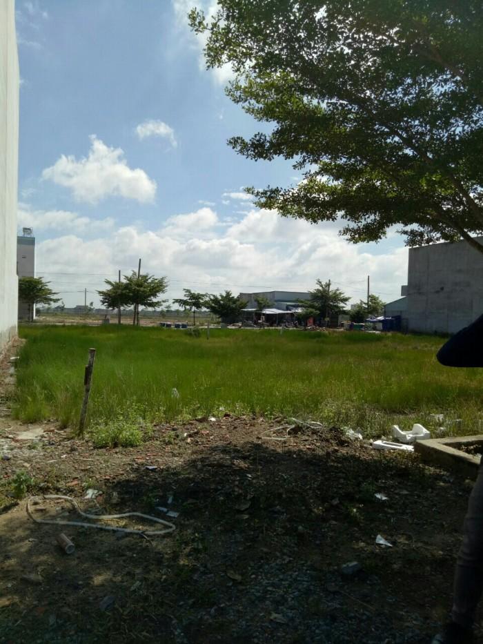 Chính chủ cần ra đi lô đất thổ cư mặt tiền 16m, quận Bình Tân, DT 125m2