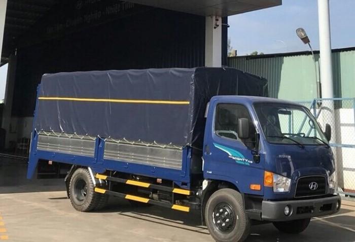 Hyundai 110s tải 7 tấn thùng mui bạt