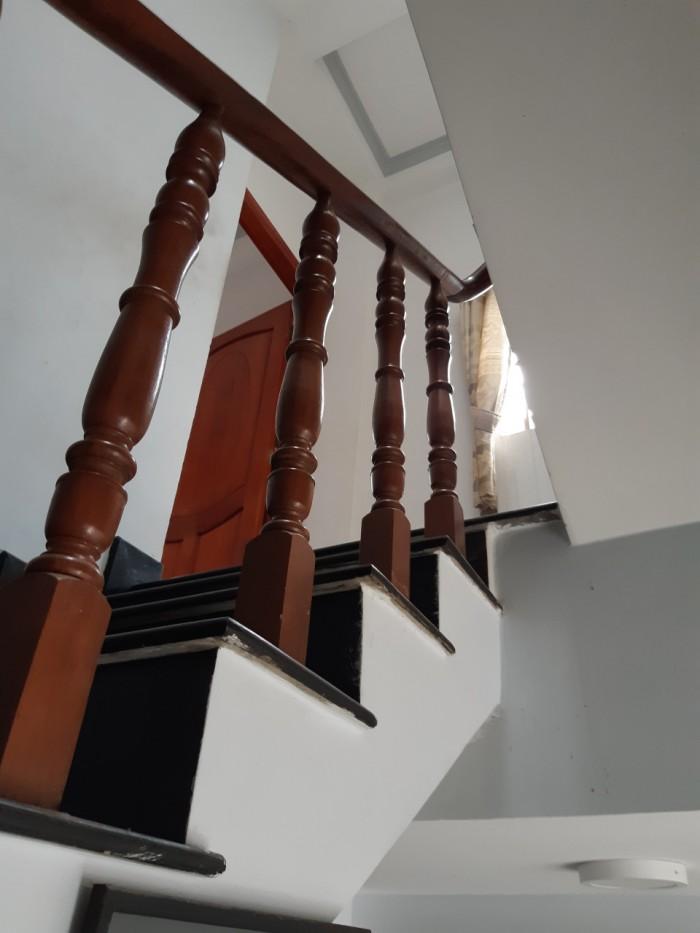 Bán gấp nhà mt đ. 144, tân Phú, Quận 9,100 m2 dt sàn
