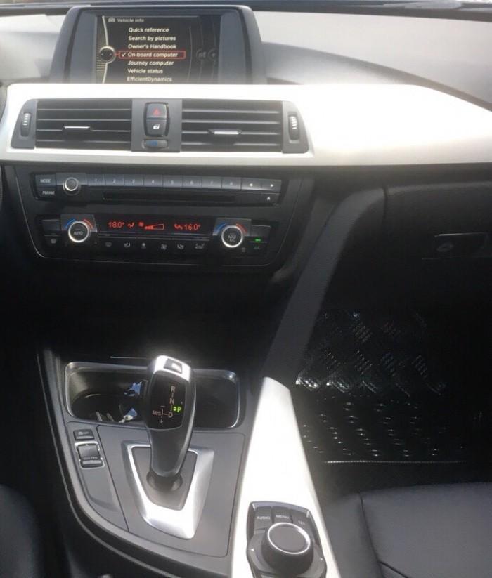 Bán xe BMW 3 Series 320i đời 2013 màu đen nội thất đen