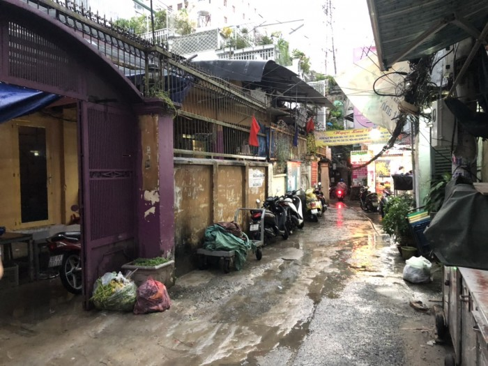Bán nhà vị trí trung tâm Lý Chính Thắng. 20x20.