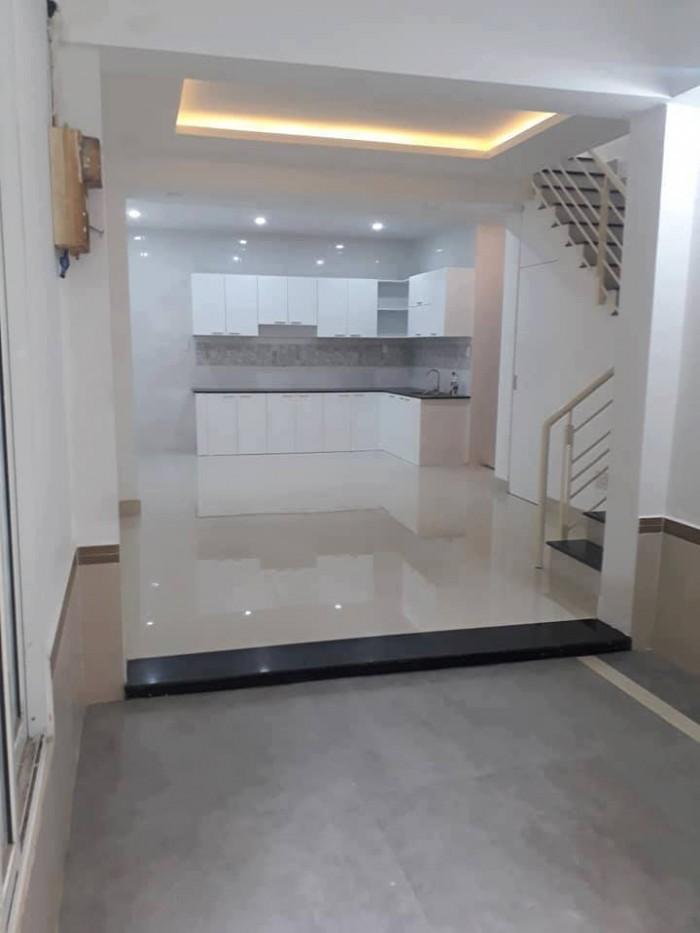 Nhà to, giá nhỏ tại Trần Khắc Chân, phường Tân Định, Q1, 4.75 tỷ.