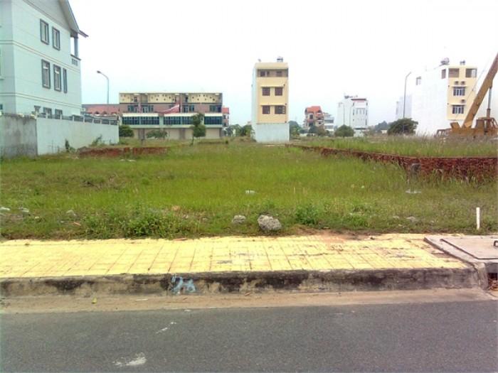 Dì 9 có miếng đất 417m2 Phạm Hùng,Quận 8 cần bán, trả nợ gấp