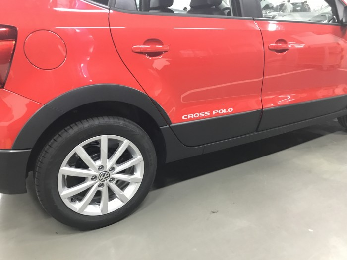 BÁN Volkswagen Cross Polo Giao ngya, giá tốt giao xe toàn quốc 4
