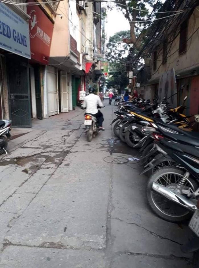 Bán Nhà Kinh Doanh Phố Chùa Bộc 6 Tầng - Ô Tô Quay Đầu.