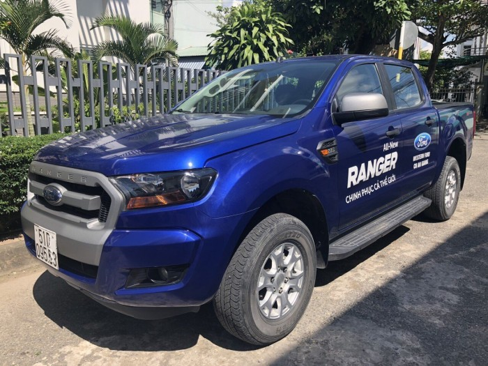 Bán Ford Ranger XLS 4x2 AT sx 2016(xanh thiên thanh)