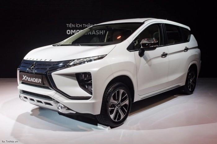 Mitsubishi Xpander 2018 tháng 2 giao xe