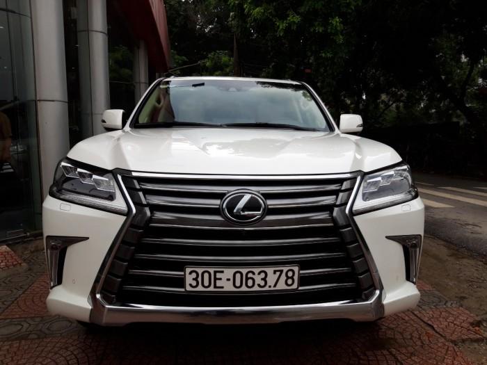 Lexus lx570 2015 màu trắng