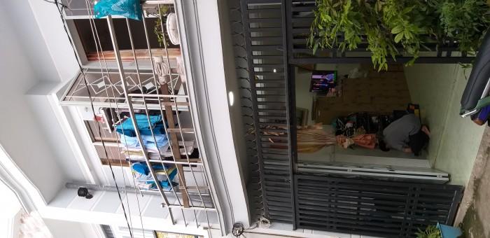 Bán nhà chính chủ 1 trệt 1 lầu hẻm Nguyễn Văn Quỳ Q7