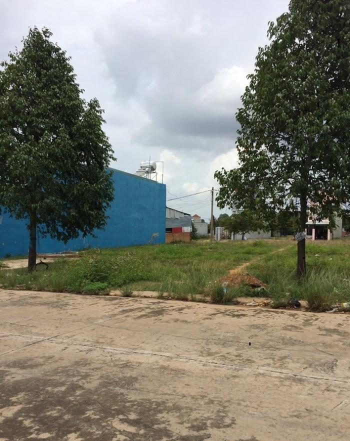 Nay tui muốn bán lô đất thổ cư trong khu đô thị Mỹ Phước 3 Bình Dương.