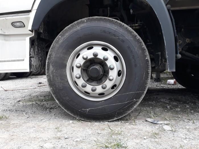 Xe tải Dongfeng 4 chân 17.9 tấn 2