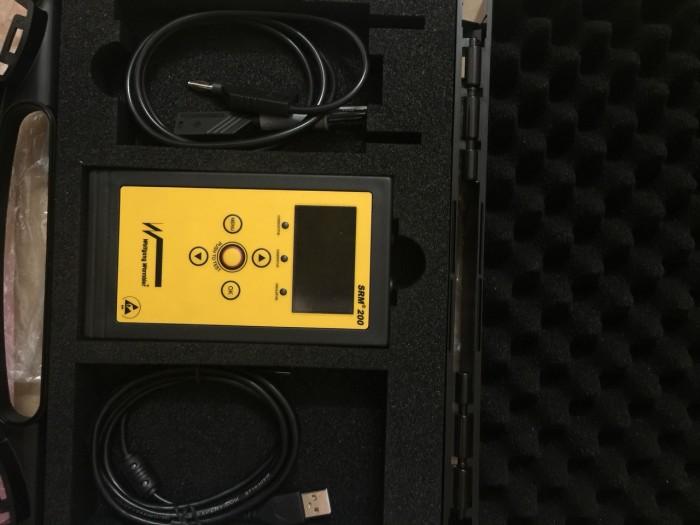 Máy đo điện trở bề mặt