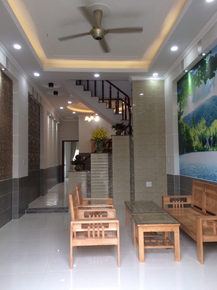 Bán nhà riêng nội thất đẹp 35m2 x 4 tầng rất gần đường ô tô ở Nguyễn Trãi