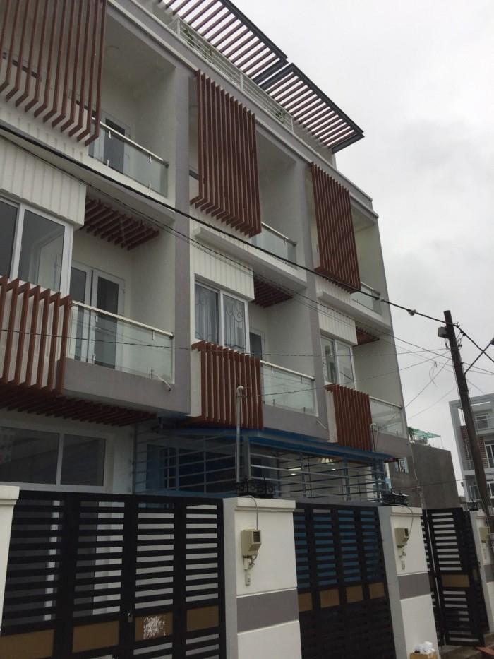 Bán nhà 1 trệt 3 lầu đường 22 Linh Đông 62m2 có sân đậu xe