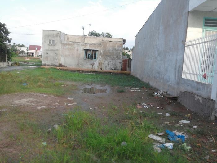 Cần bán gấp lô đất Vĩnh Lộc B, Bình Chánh, 125m2, bao xây dựng ngay.