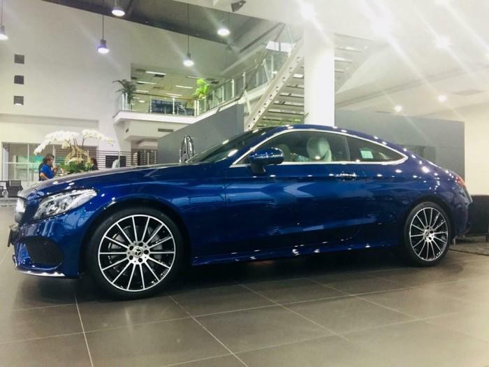 Mercedes-Benz C300 - COUPE Chính hãng 4
