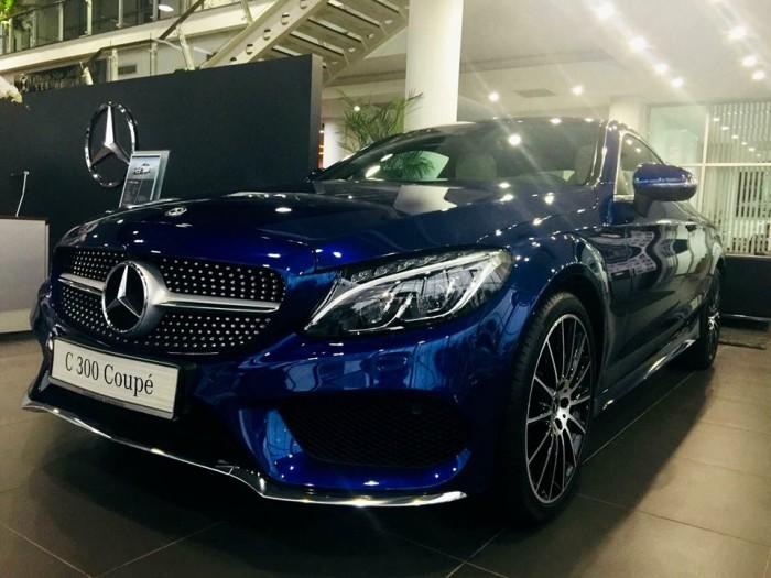 Mercedes-Benz C300 - COUPE Chính hãng 2