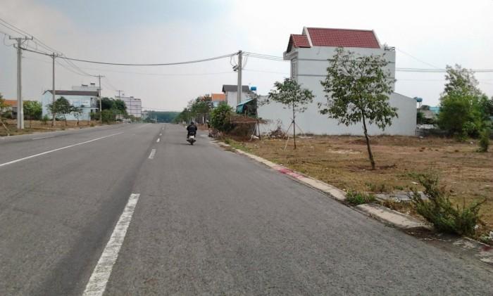 Đất nền ngay mặt tiền đường Basa thị trấn Củ Chi, SHR, thổ cư 100%, sang tên công chứng trong ngày