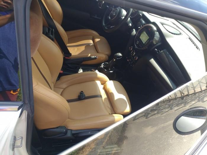 Cần bán em Mini Cooper S 2015 màu trắng 3 cửa nhập khẩu Anh